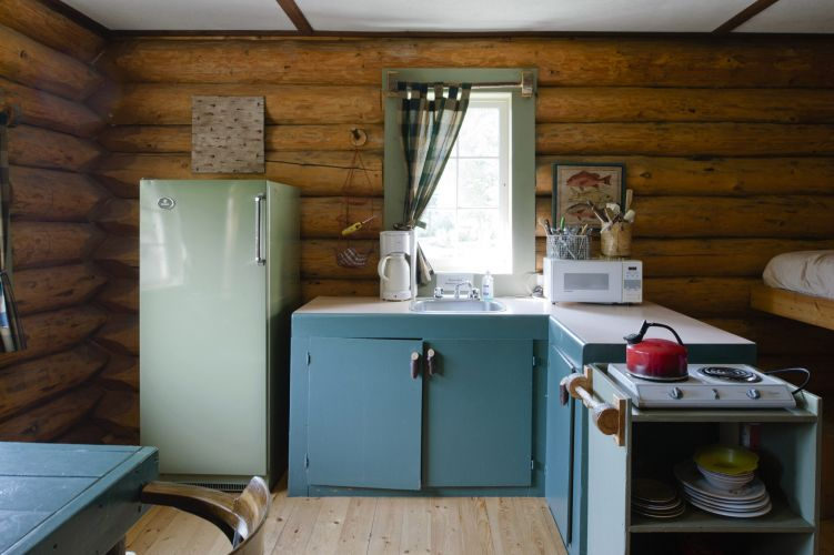Family size cabin kitchen